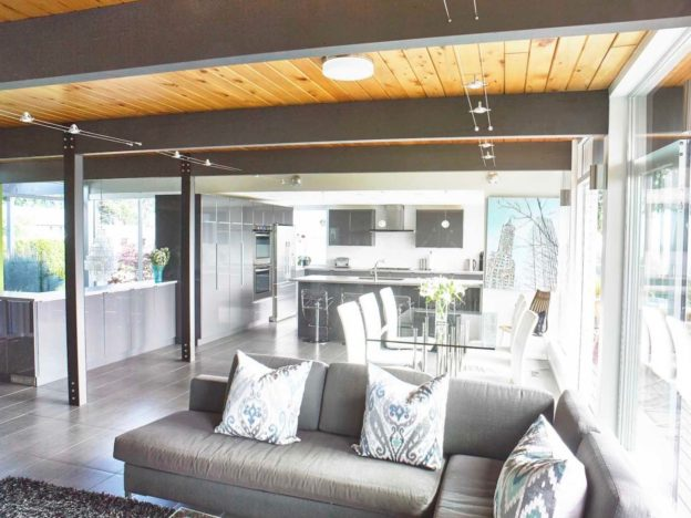 Beehive Organizing offers Professional Organizing and Home Staging Services in Toronto and GTA
